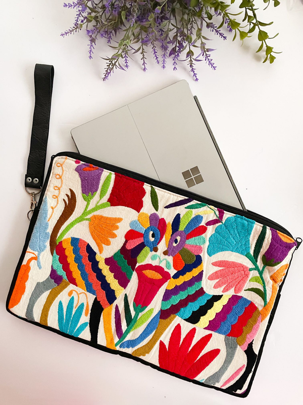 Laptop case Otomi