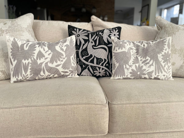 Otomi pillowcase gray