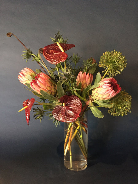 Medium (M) Arrangement
