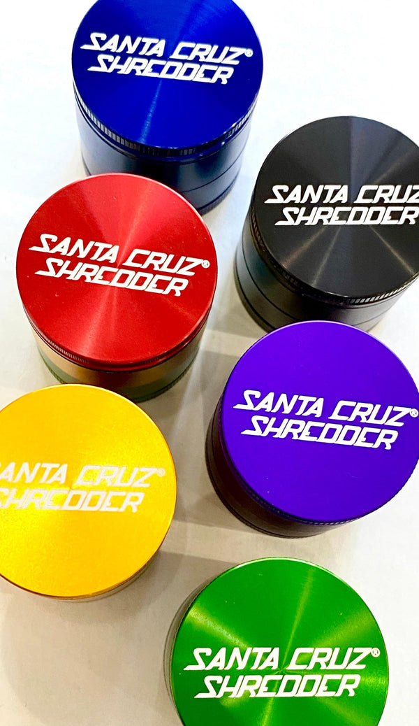 Santa Cruz Shredder- 3 Piece Small Grinder