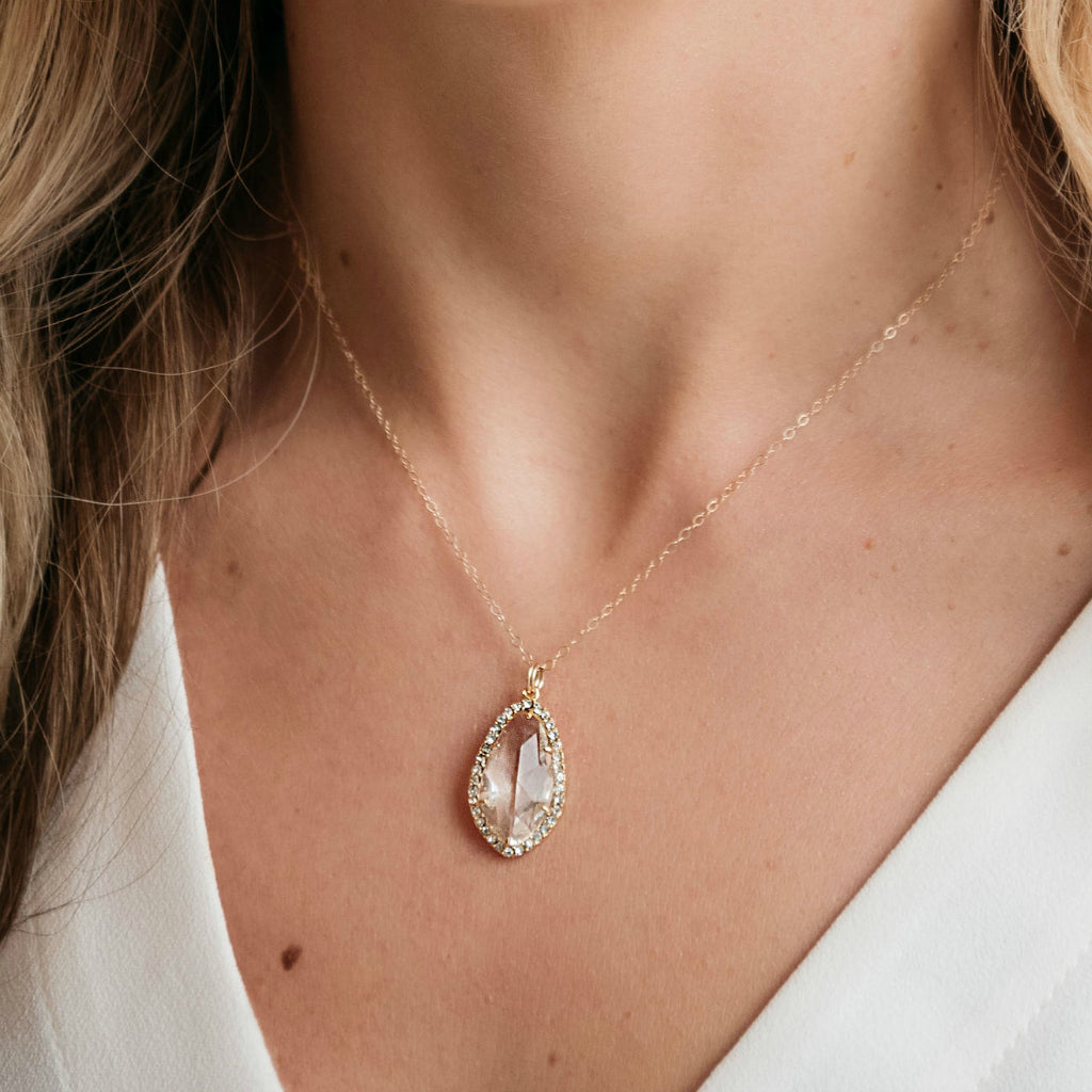 The Julia Necklace (Available in 7 colors)
