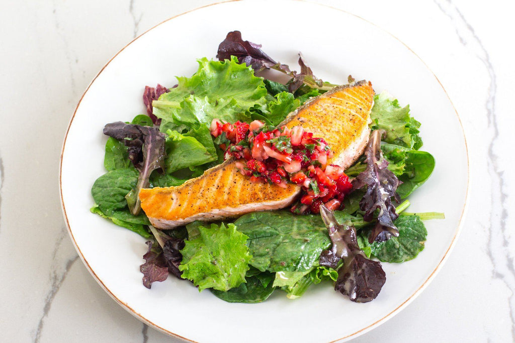 Fody's Seared Salmon With Strawberry Relish