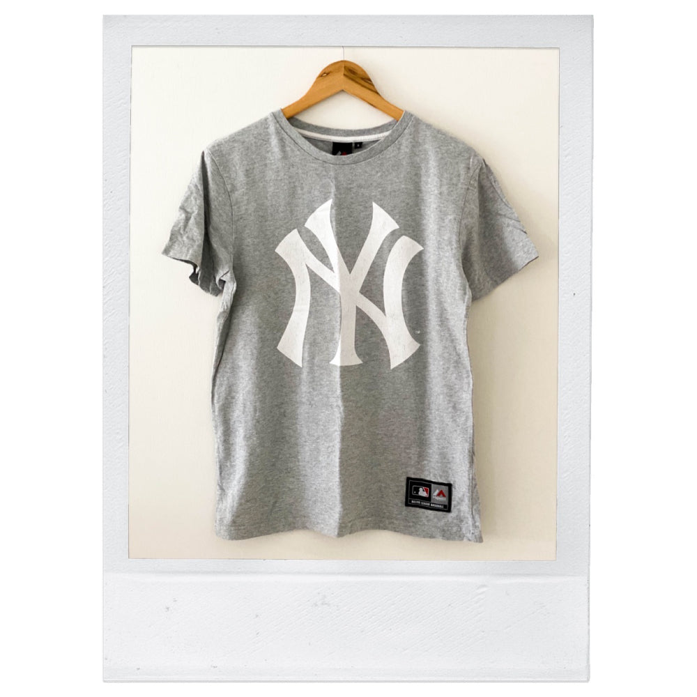 Vintage - Authentic New York Yankees Tee- SMALL