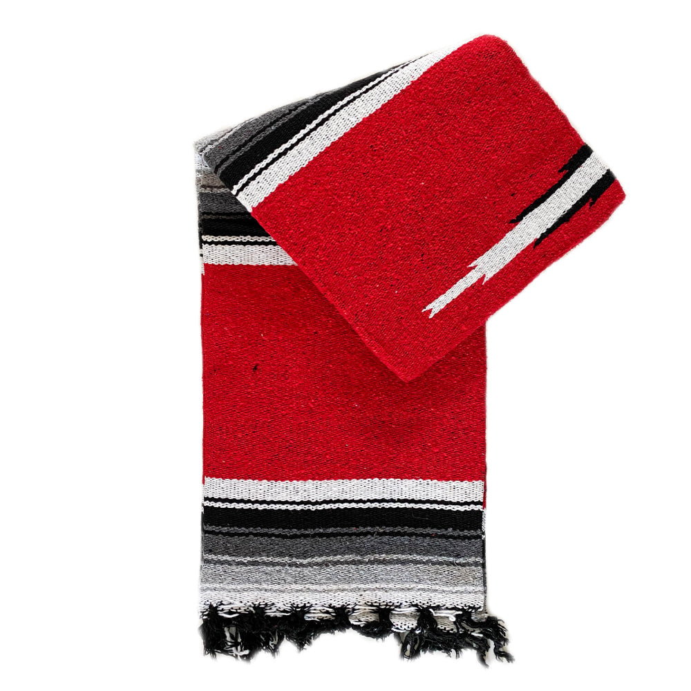 Valley Diamond Blanket - Red