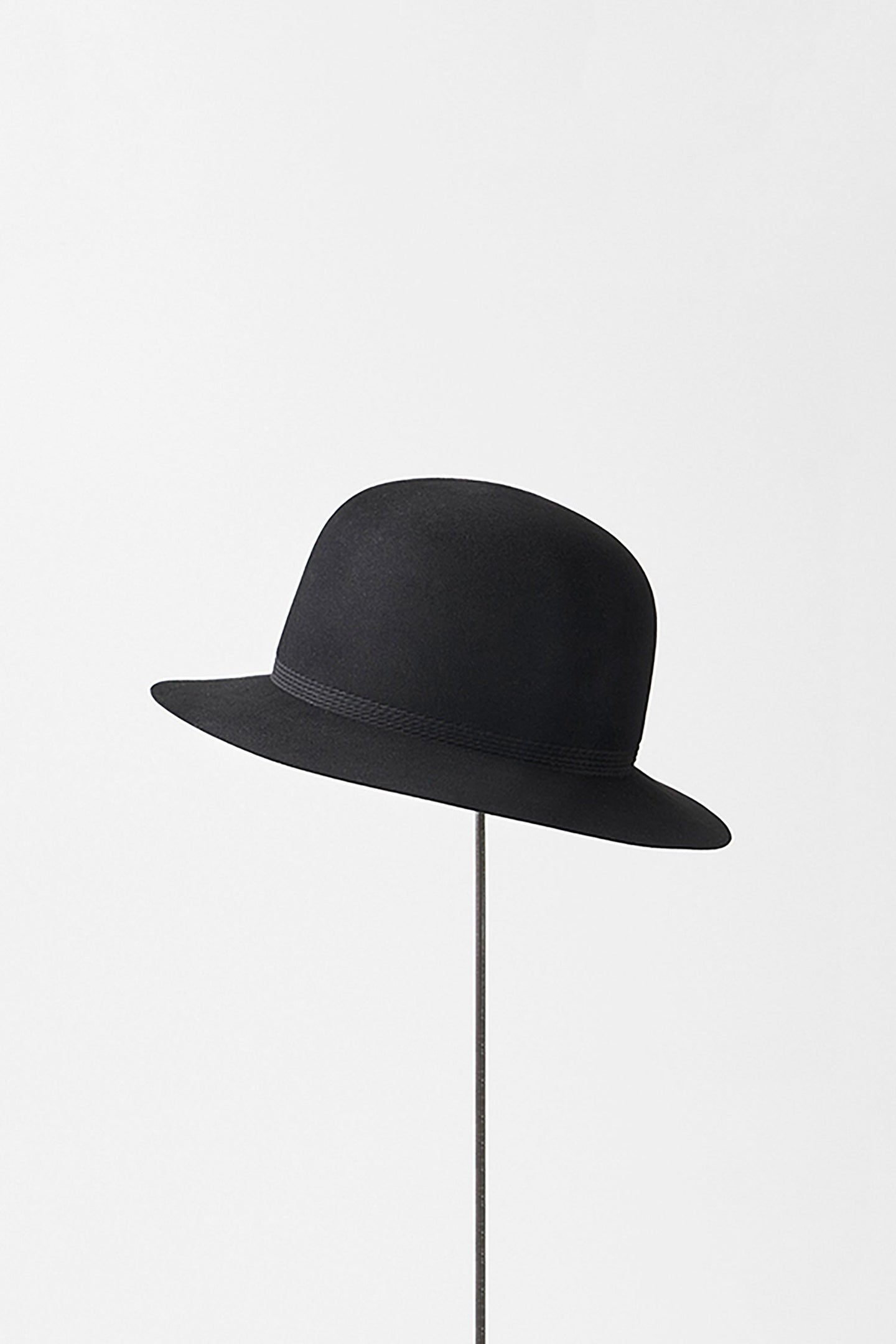 Rope Tracks Hat w Middle Brim in Black by Mature Ha