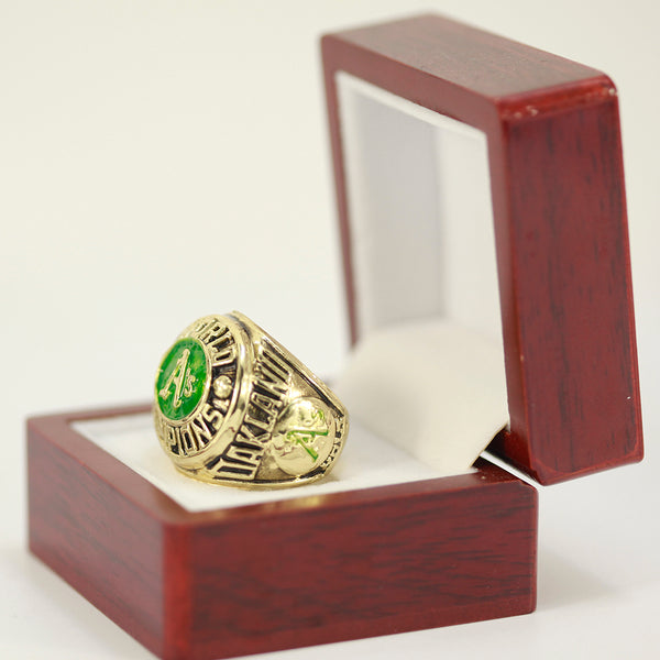 Oakland Athletics (1974) - Replica MLB Championship Ring