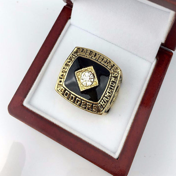 LA Dodgers (1981) - World Series Championship Replica Ring