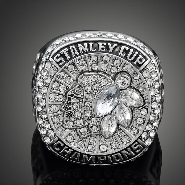 Chicago Blackhawks (2015) - NHL Hockey Replica Stanley Cup Championship Ring