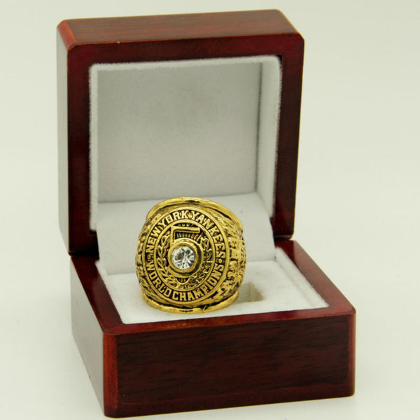 New York Yankees (1953) Replica World Series Championship Ring