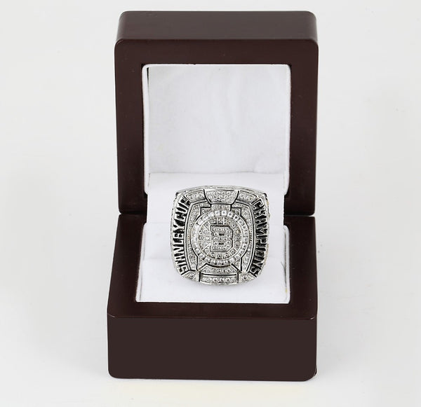 Boston Bruins NHL (2011) - Replica Stanley Cup Championship Ring