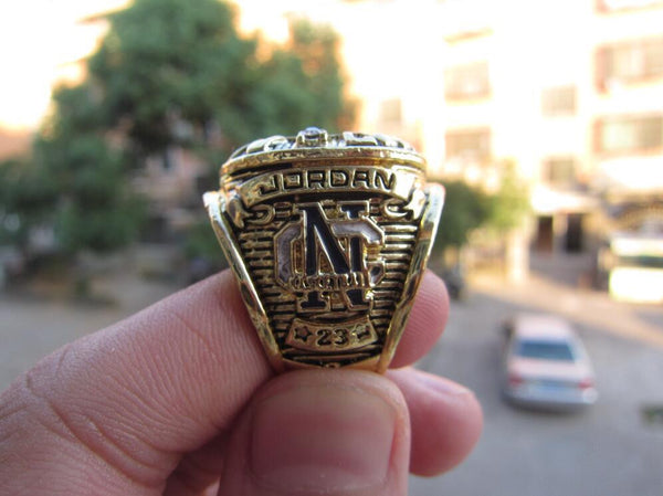UNC University of North Carolina Tar Heels (1982) Jordan Replica NCAA Championship Ring