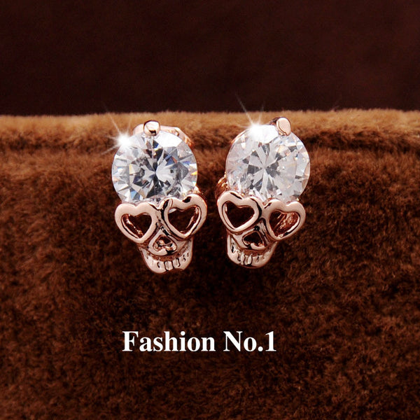 NEW 2017 TRENDING NOW!! Fashion Vintage Stud Earrings Diamond 18K Gold Plated Skull Stud Earrings