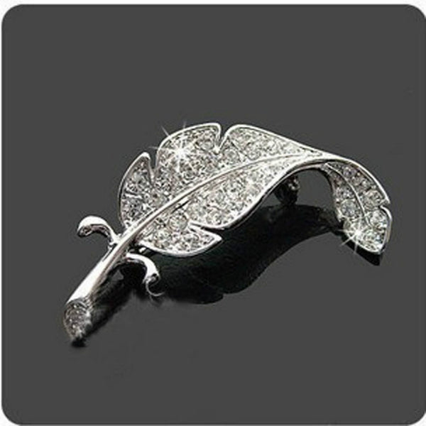 2017 HOT!! Korean Version Of The New Fashion Sweater Fine Crystal Brooch Feather Brooch Silver Simple Costume Jewelry Wholesale