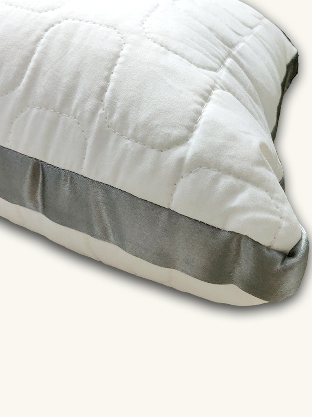 AMOUVE Organic Pillow