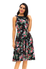 Modest Ladies 50s Floral Swing Vintage Dress