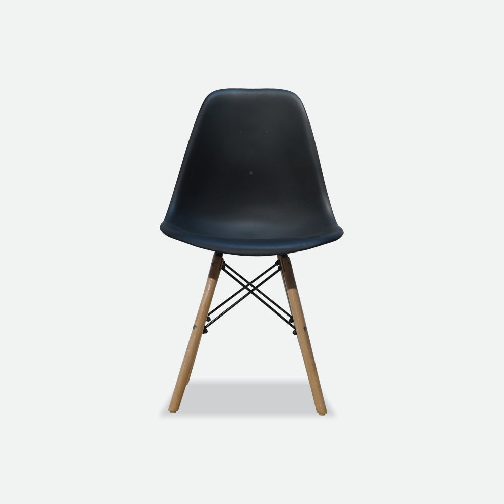 EIMES Cafe Chair (Black)