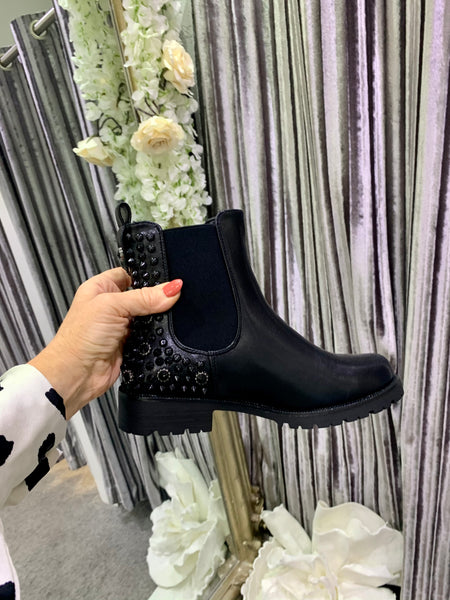 Chelsea stud ankle boots