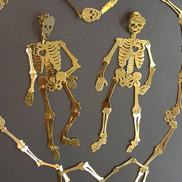 Happy skeletons
