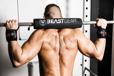 The Beast Gear Barbell Pad makes the barbell more comfortable on the neck and shoulders. Perfect cushioning and protection so you can lift heavy goals and build glute, hamstring and quad muscles.