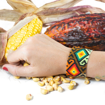Natural power bracelet