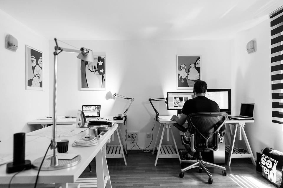 How to set up an amazing home office