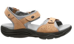 Clarks Women's Wave Grip Sandal Smokey Brown