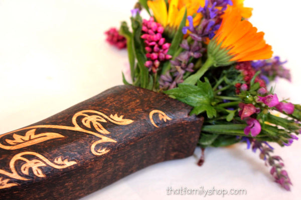 Sword Hilt Bouquet Holder, Arwen's LOTR Replica-thatfamilyshop.com