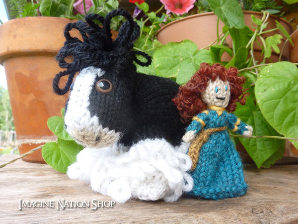 Bucky: Fluffy Footed Mini Pony Knitted Horse Colt Natural Waldorf Toy - thatfamilyshop.com