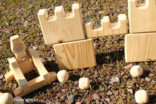 Catapult Launcher and Castles Natural Wooden Game Eco Friendly Play Set-thatfamilyshop.com