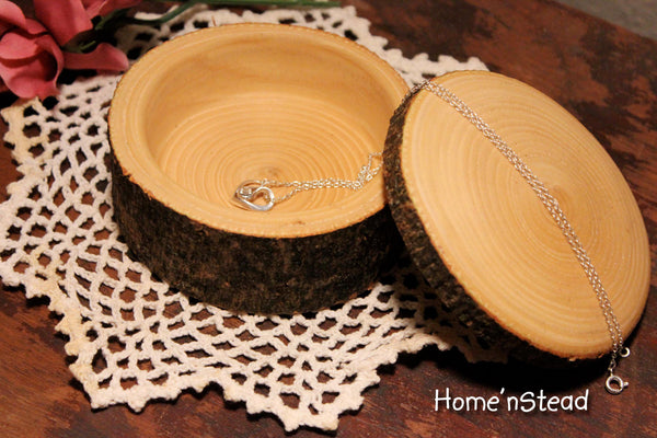 Rustic Log Jewelry Box Custom Personalization Band Saw Rustic Wedding Ring Box-thatfamilyshop.com