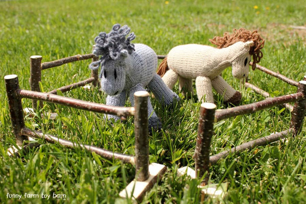 Fencing Set of 5 Toy Fence Pieces Barn Animal Natural Wooden Twig Bark Waldorf-thatfamilyshop.com