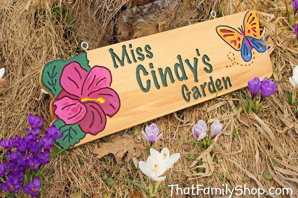 Garden Sign w/ Your Design Custom Flower Plaque Name Outdoor Gift for Mom-thatfamilyshop.com