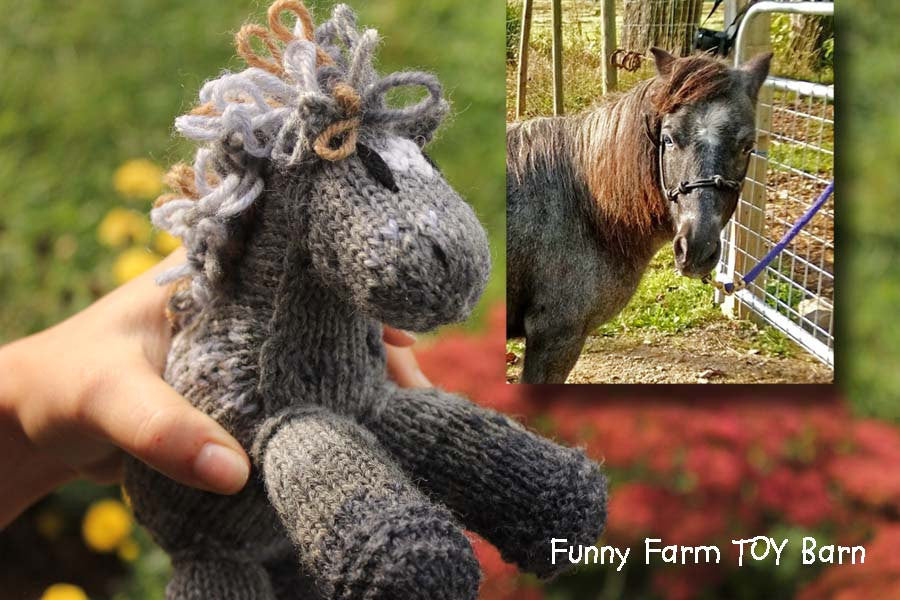 YOUR Horse as a Toy--Custom Knit Markings Colorings Stuffed Toy Custom Horse Toy Gift - thatfamilyshop.com