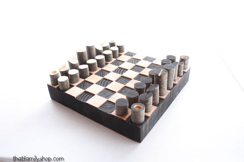 Minimal Style Log Chess Set, Modern and Simple - thatfamilyshop.com