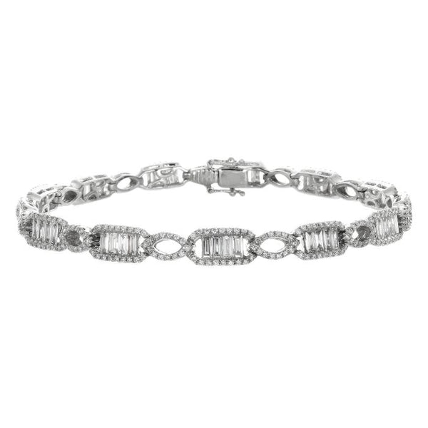 4F01146AWLBD0 18KT White Diamond Bracelet