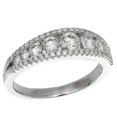 4F07104AWLRD0 18KT White Diamond Ring