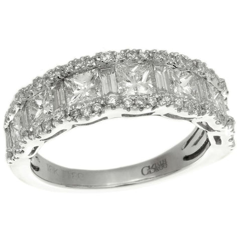 6F055349AWLRD0 18KT White Diamond Ring