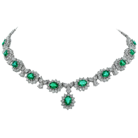 7F0131AWCHDE 18KT Emerald Necklace
