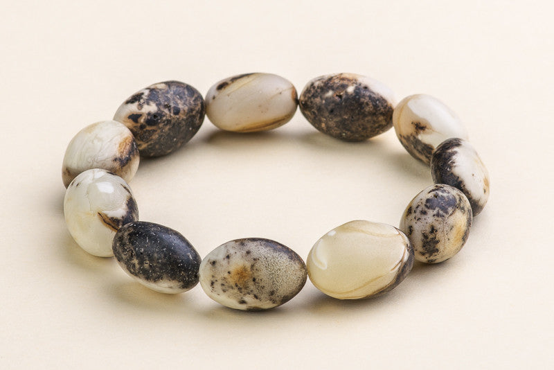 "Unique quail egg color natural Baltic amber bracelet ""Sempiternal III"""