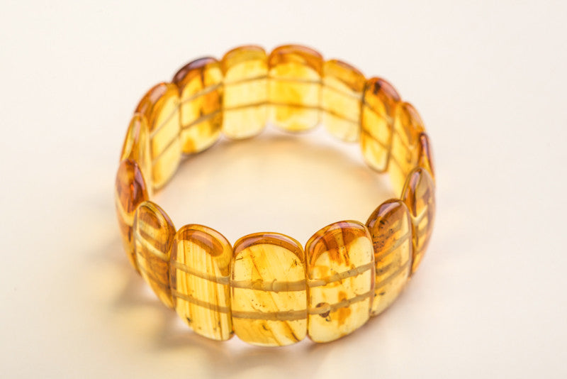 "Baltic Amber insect inclusion bracelet ""Ancient II"""