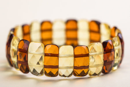 "Baltic amber faceted bracelet ""Umbrella III"""