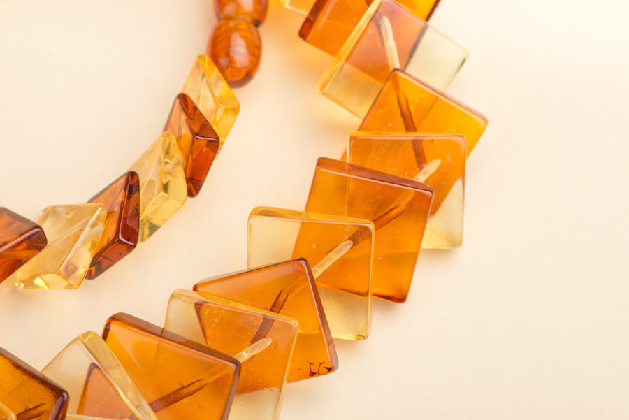 "Overlapping Honey Baltic Amber Necklace ""Te Amo"""