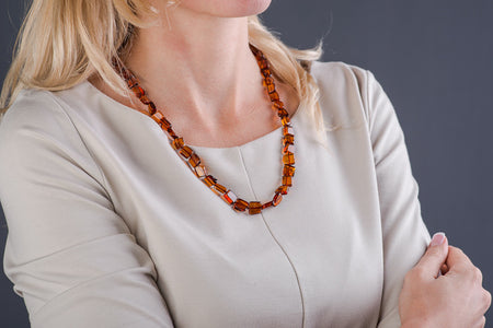 "Cognac Amber bead necklace ""Truth"""