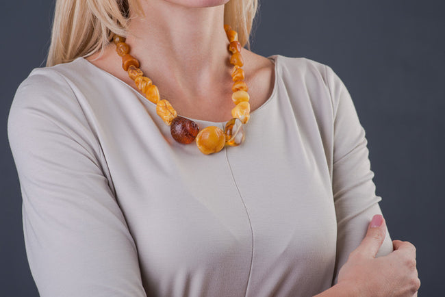 "Raw Baltic Amber Necklace ""Pure"""