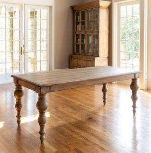 OLD TRADITIONAL DINING TABLE