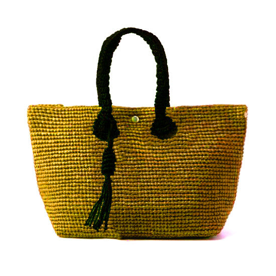 Straw-Bag Convertible in Gold & Black