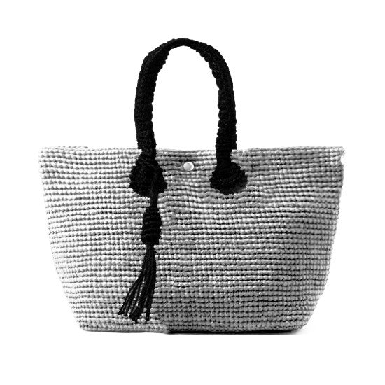 Straw-Bag Convertible in White & Black
