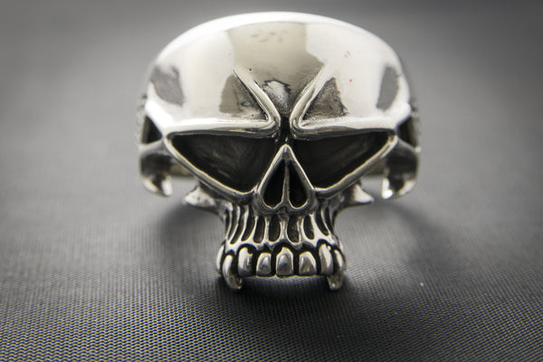 Frown Face Skull Ring With Fangs