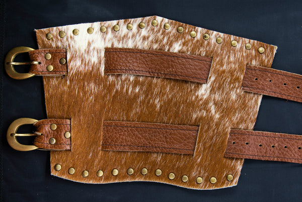 Brown Cow Hide Gauntlet