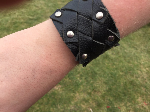 Black Leather Wrist Cuff with Criss Cross Plait